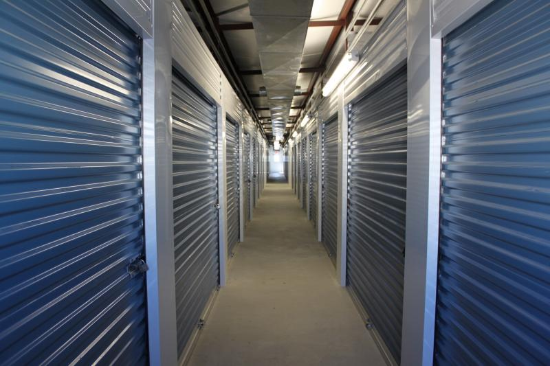 Climate Controlled Storage : Climate controlled storage building central